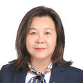 Vivian Ong real estate agent of Huttons Asia Pte Ltd