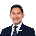 Asri Rashid real estate agent of Huttons Asia Pte Ltd