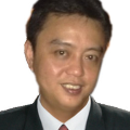 Charles Chong real estate agent of Huttons Asia Pte Ltd