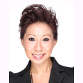 Chloe Aw real estate agent of Huttons Asia Pte Ltd