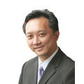 Eric Sim real estate agent of Huttons Asia Pte Ltd