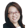 Yvonne Chow real estate agent of Huttons Asia Pte Ltd