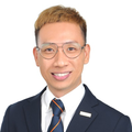 Ron Wang real estate agent of Huttons Asia Pte Ltd